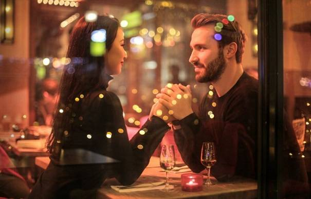 Make a Good Impression on First Date